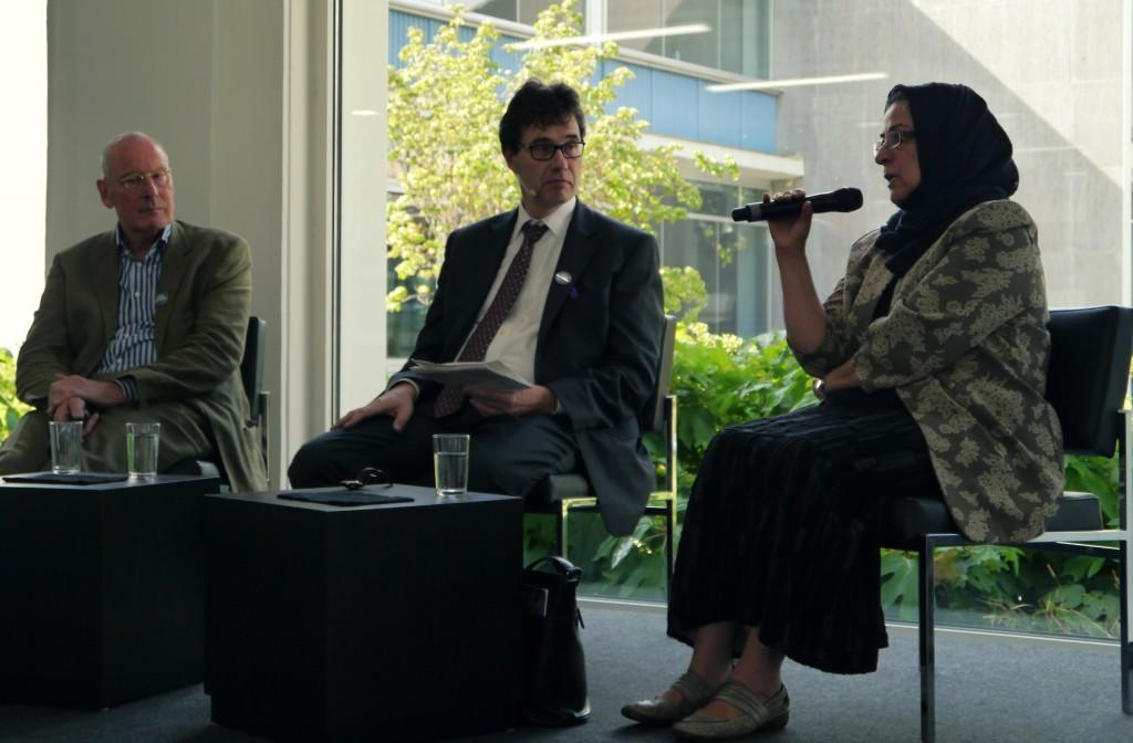 von rechts: Hamideh Mohagheghi, Moderator Stephan Schaede und Volker Gerhardt